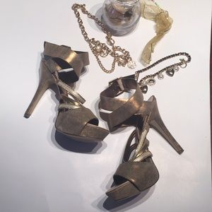 Guess by Marciano Gold Heels PeekToes AnkleStrap 8